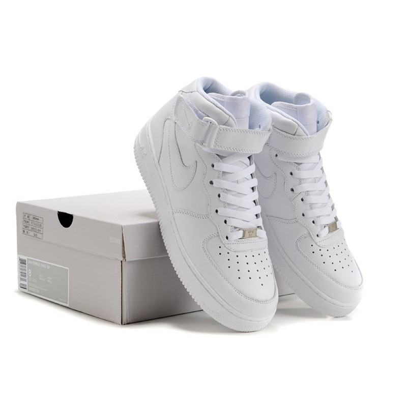 Nike Air Force 1 / One Whole White