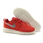 WMNS Roshe Run Shoes