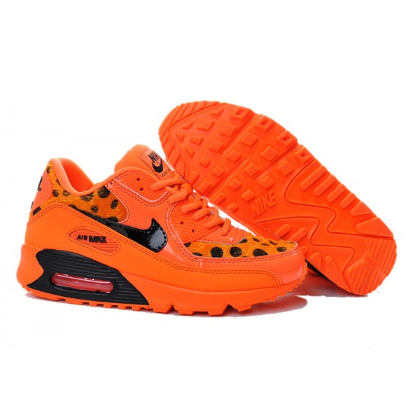 newest c5e38 9b9de Nike Air Max 90 Jupiter Women s Shoes