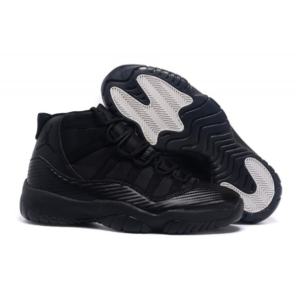 online retailer 6f496 39ede Nike Air Jordans 11 Retro All Black